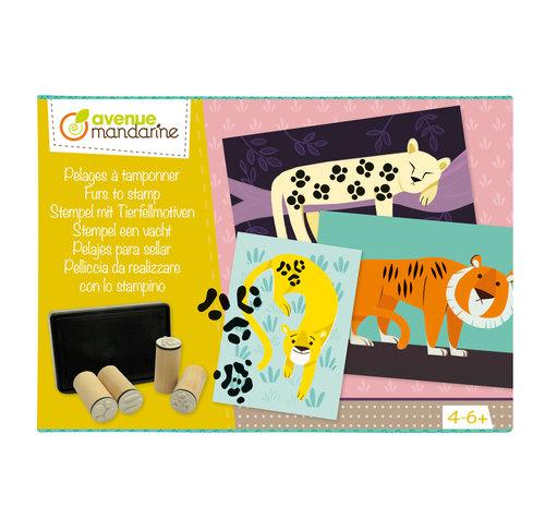Cutie creativă cu 10 ștampile și 5 carduri imagine edituradiana.ro