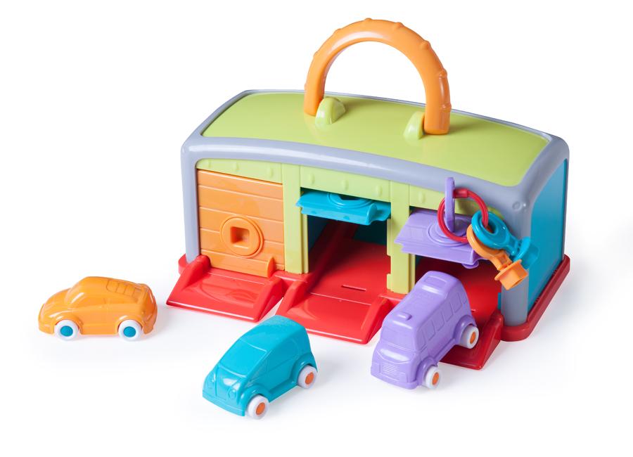 Set garaj cu 3 mașinute de jucărie și 3 chei colorate imagine edituradiana.ro