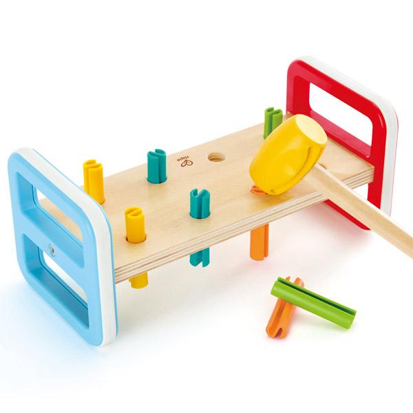 Joc de îndemânare din lemn cu 10 piese, un ciocan și un banc de lucru imagine edituradiana.ro