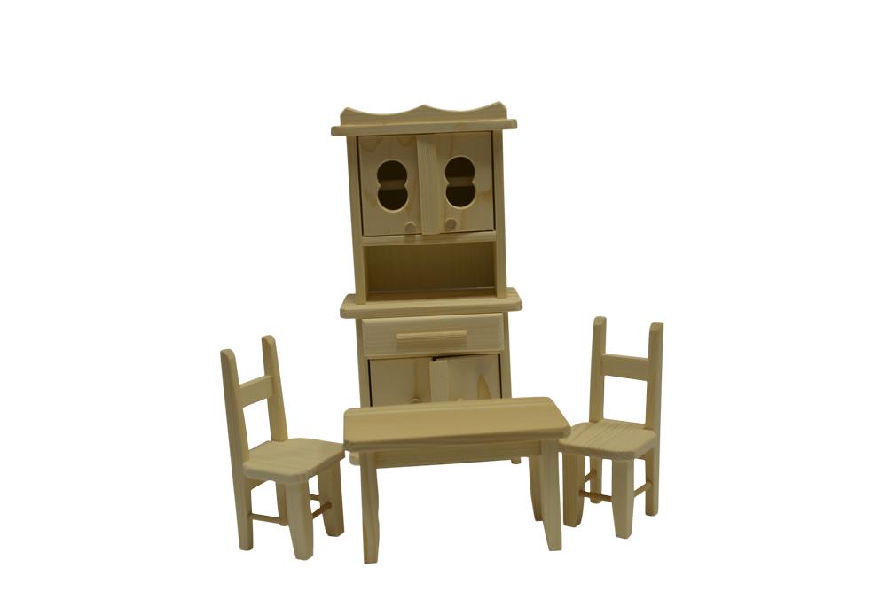 Mobilier din lemn pentru casa păpușii imagine edituradiana.ro
