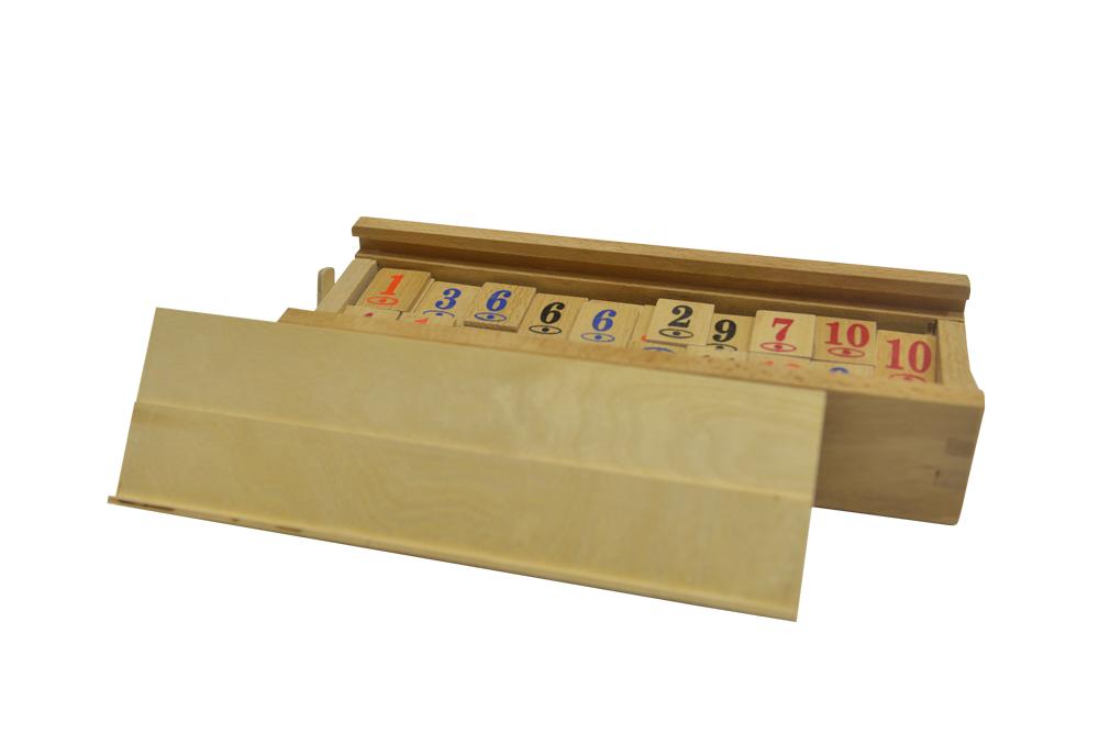 Remi cu piese din lemn imagine edituradiana.ro