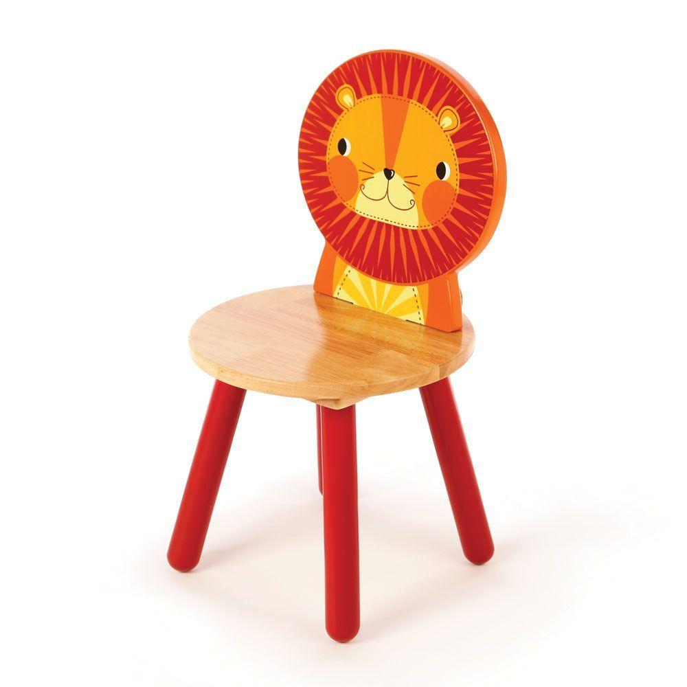 Scaun din lemn cu spătar în formă de leu imagine edituradiana.ro