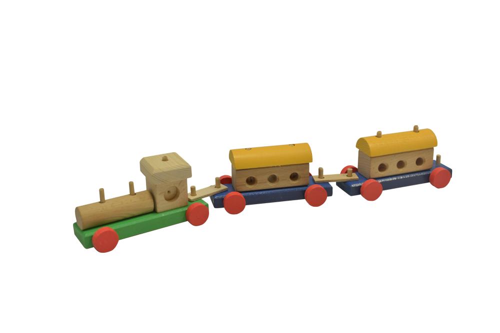 Trenuleț din lemn cu locomotivă și două vagoane imagine edituradiana.ro
