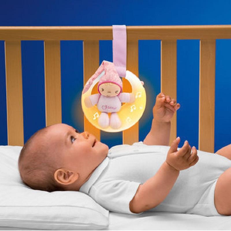 Jucarie Chicco pentru patut de lemn, Noapte buna, luna!, roz, 0luni+ din categoria Jucarii bebelusi 0 luni+