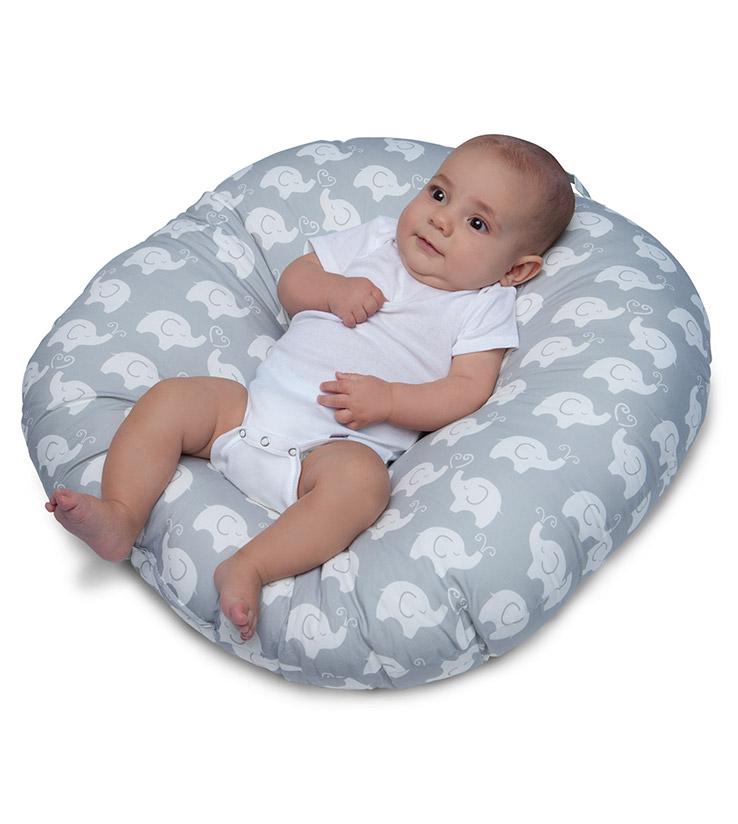 Perna anatomica pentru relaxare nou-nascut Boppy Hug&Nest thumbnail