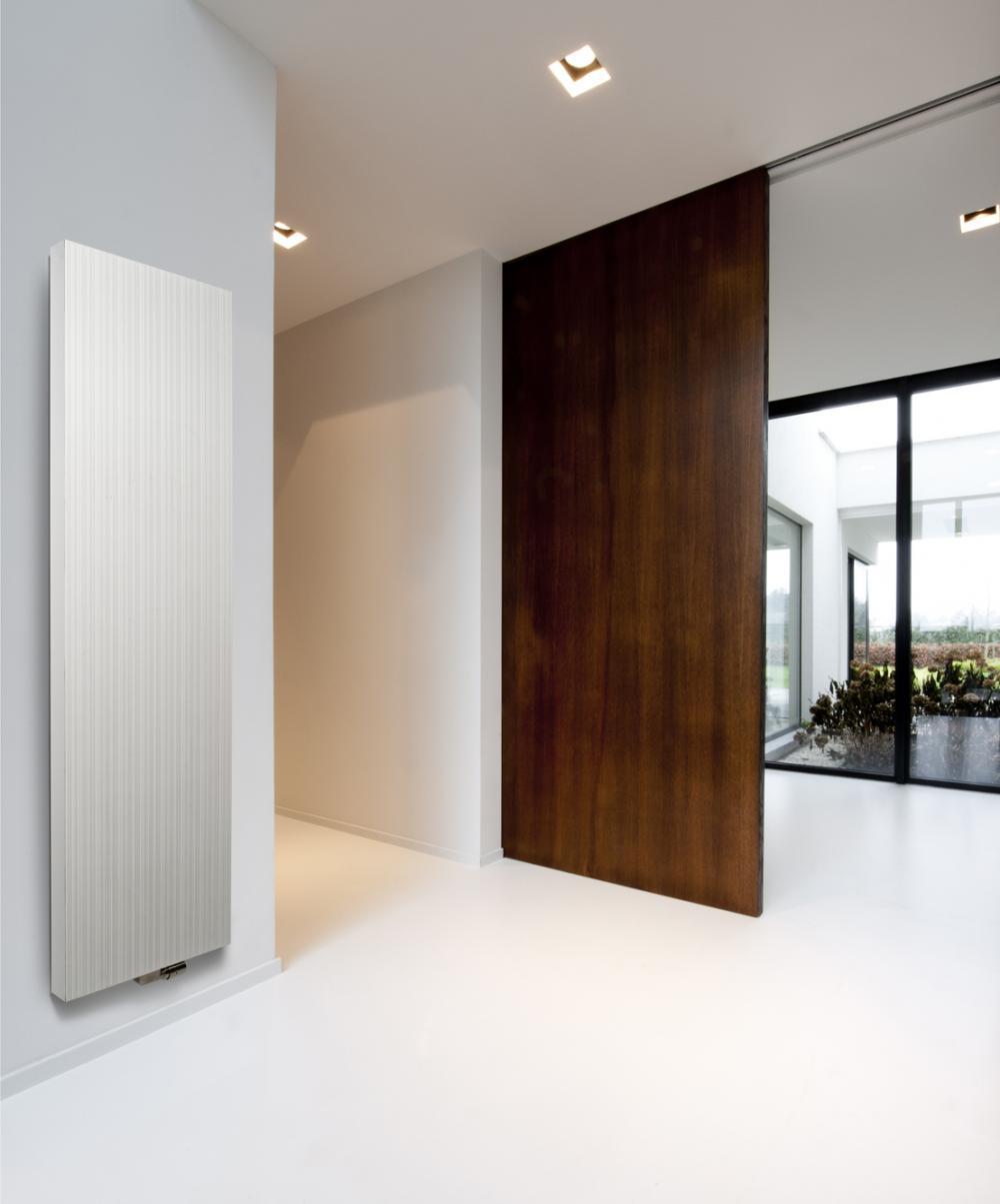 Calorifere decorative aluminiu Vasco Bryce 2200x600 mm, 2590 W