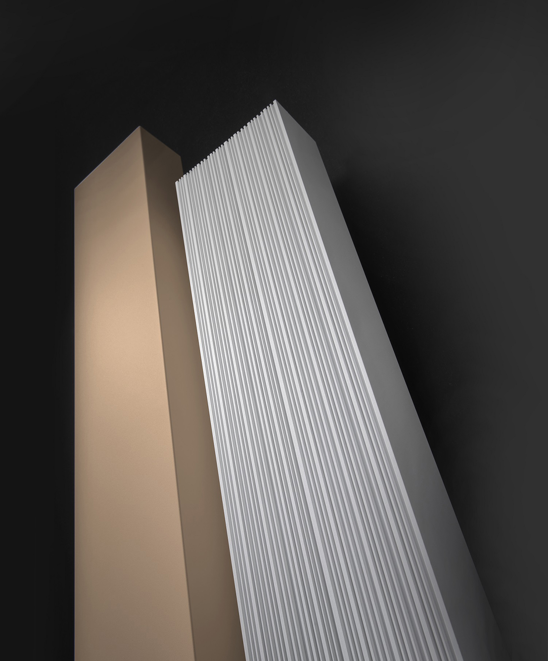 Calorifer aluminiu Vasco Bryce Mono 1800x150 mm, 586 W