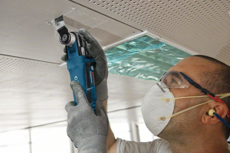 Multi-Cutter profesional Bosch GOP 30-28, 300 W
