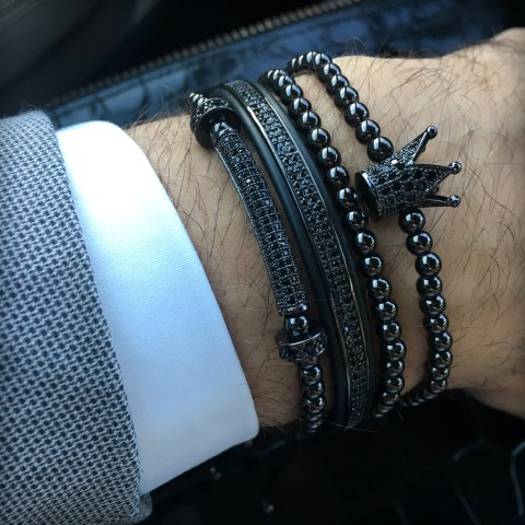 All Black Set 4 Brooks Bracelets