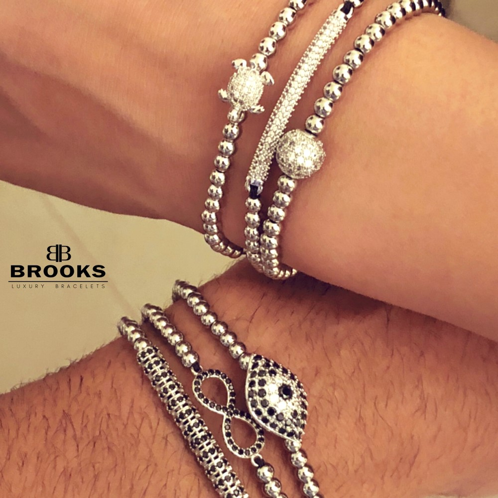 Brooks Luxury Set Silver Infinit Bracelets