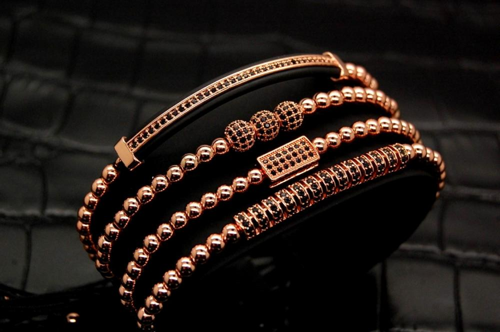 Brooks Luxury Women Set 4 Bracelets