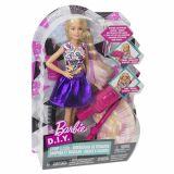 Papusa Barbie fashionista cu accesorii  de machiaj