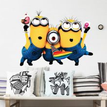 Sticker perete Minion Party 55 x 45 cm
