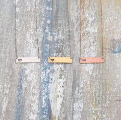 Colier din Aur gravat cu numele - model Nameplate