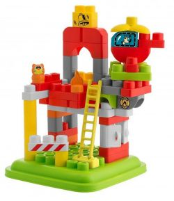 Jucarie Chicco App set 70 piese constructie 3D, Statia de pompieri (12 luni - 6 ani)
