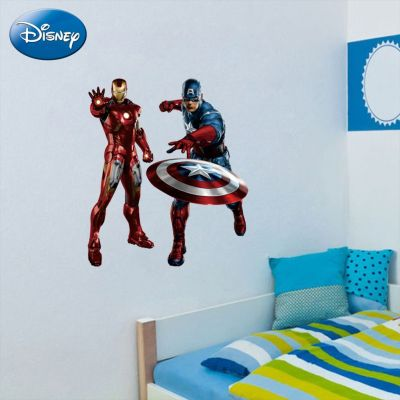 Sticker perete Captain America Si Iron Man