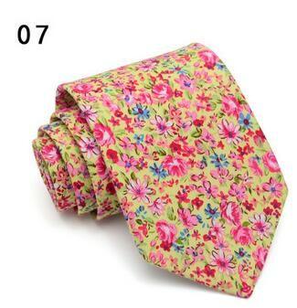 Cravata florala Pink