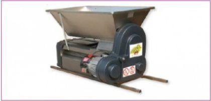 Dezciorchinător complet inox, cu motor 220 V, 1 CP, capacitate max 1.500 kg/oră