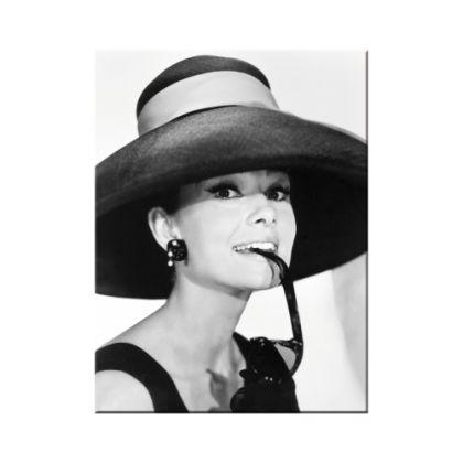 Magnet Audrey Hepburn cu palarie