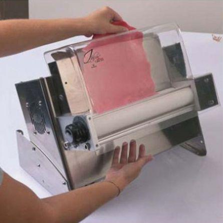 Masina intins paste zahar, latime 45 cm