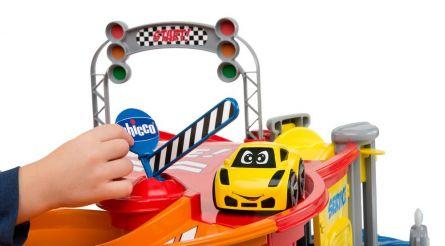 Jucarie 4 in 1 Chicco circuit auto Stop & Go, 2-4 ani