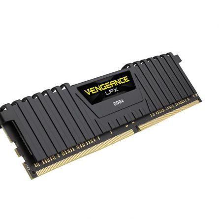 CR DDR4 32GB 3000 CMK32GX4M2B3000C15