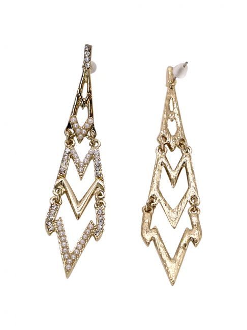 Cercei drop, incrustati cu cristale si imitatii perle