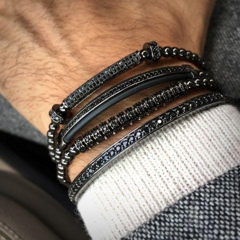 All Black Set 4 Brooks Bracelets