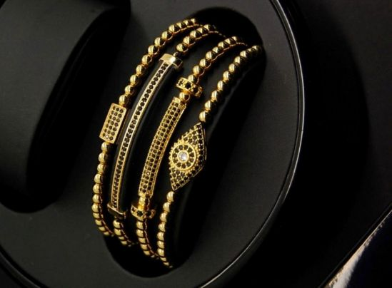 Supreme Set 4 Gold Brooks Bracelets