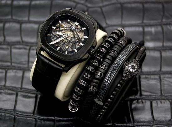 Set Brooks Automatic Watch & 4 Zircon Bracelets
